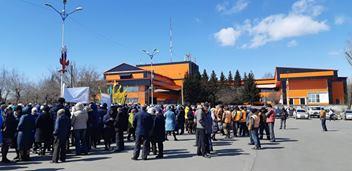 Посмотреть видео «19 апреля 2019 года в городе Черемхово состоялся митинг»