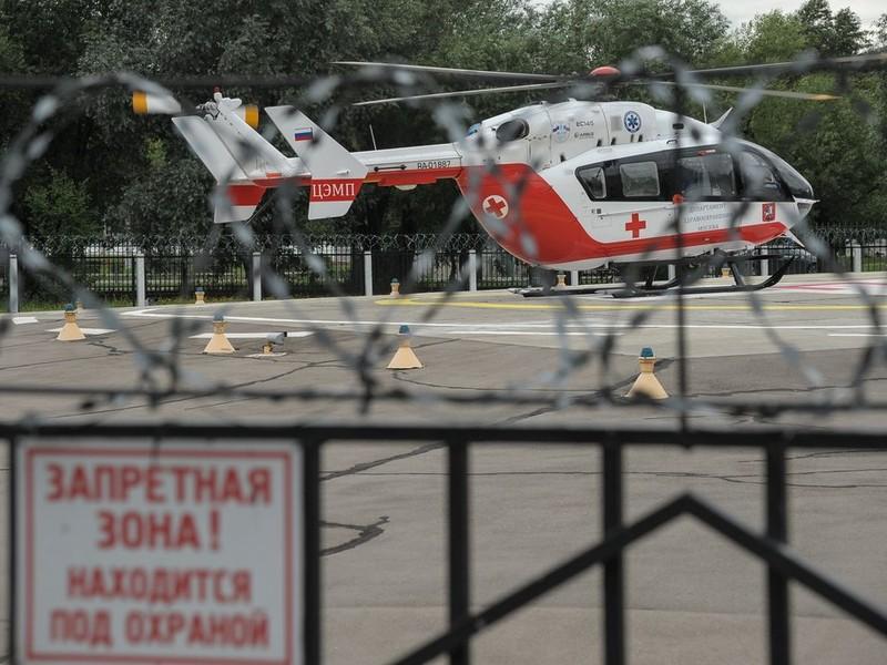 Вертолёты санавиации доставили вакцину для пострадавших в Иркутской области