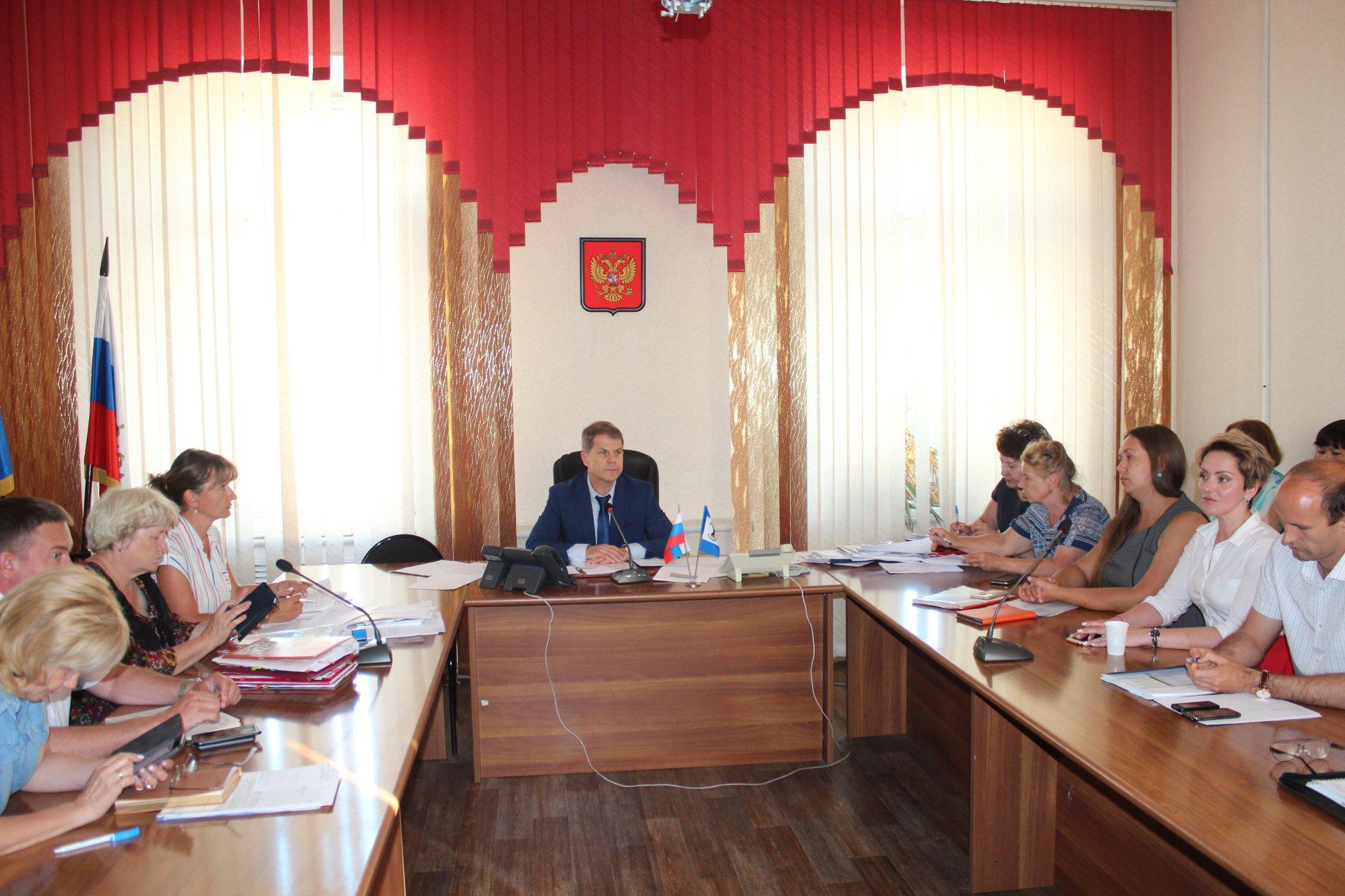В  результате масштабных мероприятий, проводимых министерством здравоохранения Иркутской области в зоне подтопления с 01.07.2019 года,  за 8 суток вакцинировано 37 028 человек, из них детей  9 859 детей. В том числе привита  основная часть личного со…