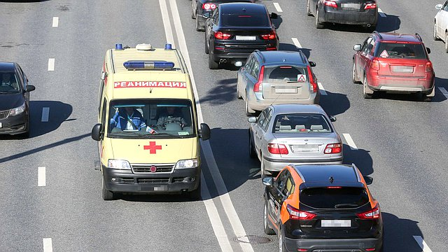 Приняты поправки, усиливающие ответственность за воспрепятствование работе врачей