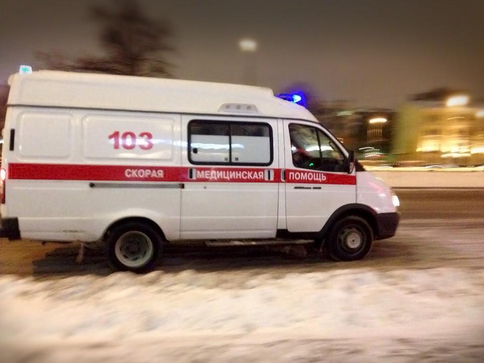 В результате пожара в п.Залари погибли 2 человека, еще 6 человек получили травмы различной степени тяжести, всем им оказывается необходимая медицинская помощь.  На пульт дежурного скорой медицинской помощи Заларинской районной больницы 25 декабря в 0…